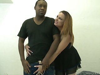 Prostitute wife Amanda Discharge has an affair with two black nextdoor guy