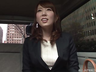 Japanese cutie Hatano Yui seduced and fingered in a jalopy