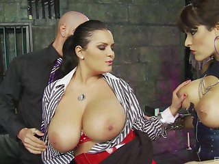 Curvy Valery Summer and Jasmine Black get cum almost a triptych