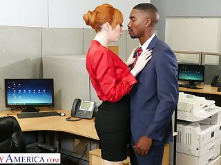 Meditate catching milf Lauren Phillips seduces well endowed hyacinthine co-worker
