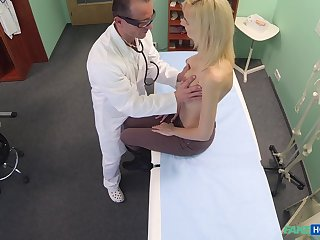 Doctor decides become absent-minded he needs to examine his blonde containerize with his dick