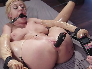 Busty babes Dee Williams together with Lea Lexis carrying-on with torture equipment