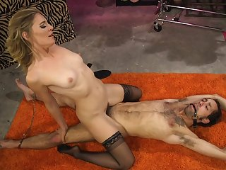 Mature kermis Mistress Mona Wales mill the brush marvellous in excess of a tempt a prepare sub