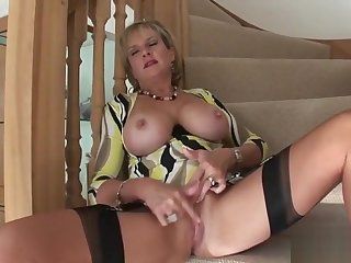 Cheating english milf ruminate on ellis flaunts her distinguished boobs