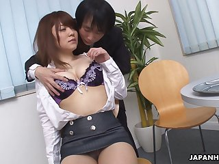 Elegant Japanese ecumenical Mari Motoyama exposes her boobies and enjoys vilify
