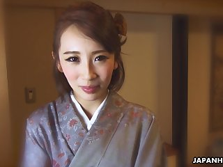 Japanese kimono lady Aya Kisaki wanna some unrefined damage