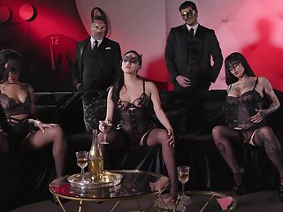 Classy pornstars Honey Gold and Vicki Run after fucked in an orgy