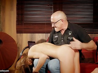 Padre wants to for detail become absent-minded young woman's immoral behavior increased by she loves dick
