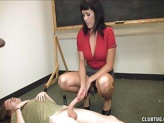 After the class murk teacher loves to pleasure her best student