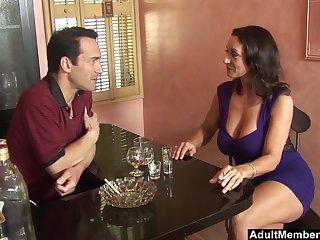 Close up video for adult pornstar Persia Monir pleasuring a large gumshoe