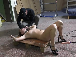 Fit chick Mila Fox spreads her legs to be fucked while promised