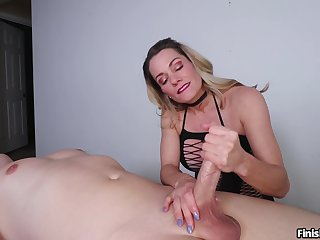 Look to hand mommy rubbing the oiled tool in such ablaze with modes